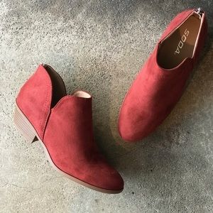 Soda Shoes Mafic Rust Brown Low Heel Ankle Bootie